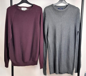 Men's Clothes Bundle 2 Assorted Jumpers Size Small