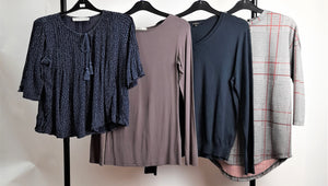 Women's Clothes Bundle 4 Tops Inc. Ambercombie & Fitch, Oasis Size XS