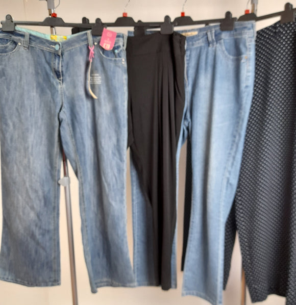 Women's Clothes Bundle 4 Assorted Trousers Size 18