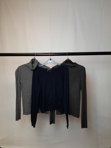 Women's Clothes Bundle 3 Assorted Jumpers inc H&M Size Small