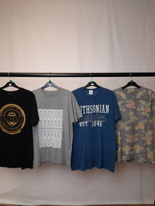 Men's Clothes Bundle 4 Assorted Tops Inc. Balmain Paris Size Medium