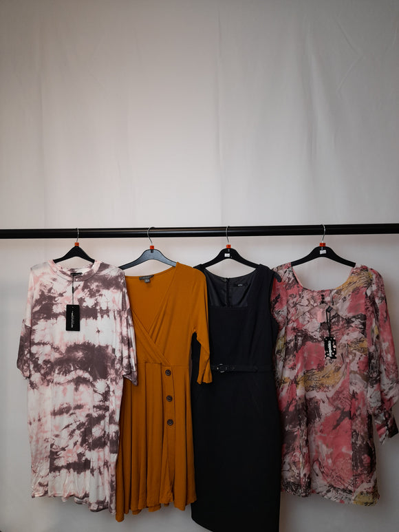 Women's Clothes Bundle 4 Assorted Dresses Inc. PrettyLittleThing Size 10