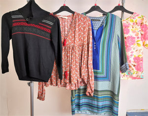 Women's Clothes Bundle 4 Assorted Tops Size Small