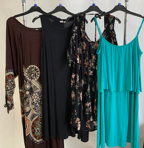 Women's Clothes Bundle 4 Assorted Dresses Size Large