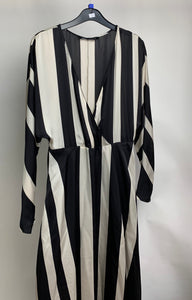 Women's Zara Maxi Striped Dress Size Large