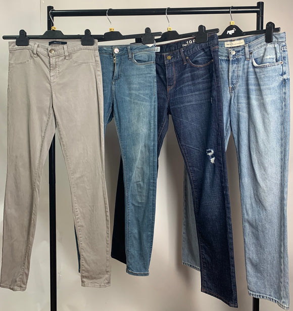 Women's Clothes Bundle 4 Assorted Jeans Waist Size 26