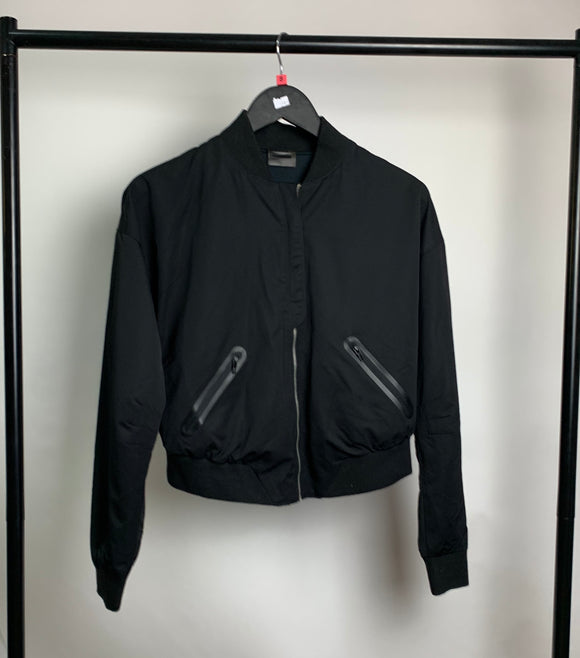 Women's Black Gymskark Cropped Bomber Jacket Size Small