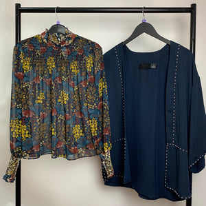 Women's Clothes Bundle 2 H&M and Zara Tops Size XS