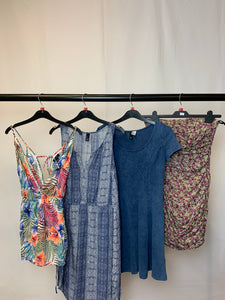 Women's Clothes Bundle 4 Assorted Dresses inc. Gap Size Small