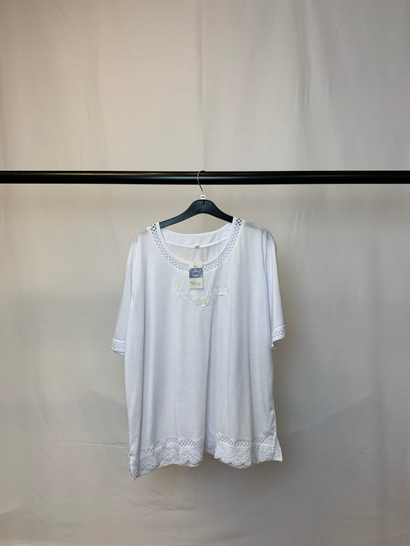 Women's White Cotton Blend Top New With Tags Size XXL
