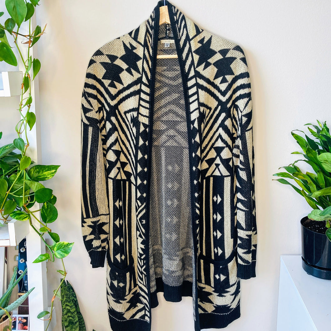Urban Outfitters Long Cardigan (M)