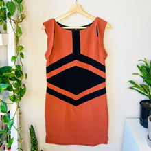Load image into Gallery viewer, Colorblock Shift Dress (M)