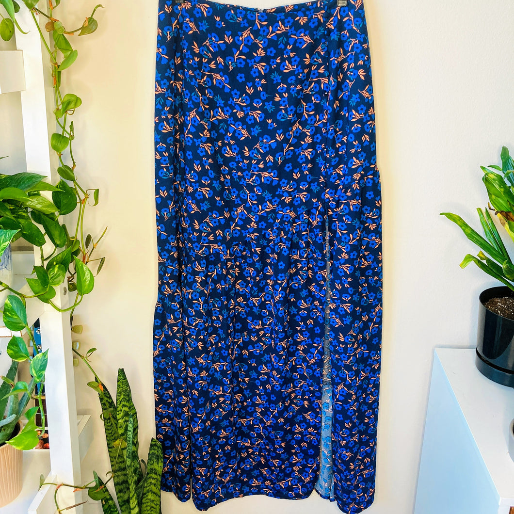 Floral Skirt with Slit (S)