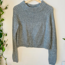 Load image into Gallery viewer, Cropped Mockneck Sweater (S)
