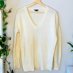 Oversized V-Neck Cashmere Sweater (S)