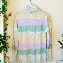 Load image into Gallery viewer, Oversized Pastel Colorblock Sweater (S)