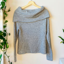 Load image into Gallery viewer, Cowl Neck Cashmere Sweater (S)