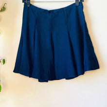 Load image into Gallery viewer, Pleated Navy Skirt (S)
