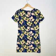 Load image into Gallery viewer, Tropical Print Shift Dress (S)