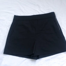Load image into Gallery viewer, Black Dressy Shorts Side Zipper