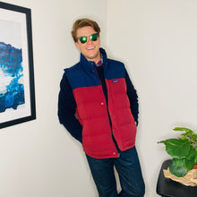 Load image into Gallery viewer, Navy and Red Puffy Vest (L)