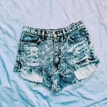Load image into Gallery viewer, Acid Wash Jean Shorts