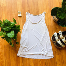 Load image into Gallery viewer, Everlane White Tank Top