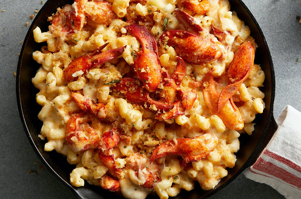lobster mac and cheese with garlicky breadcrumbs