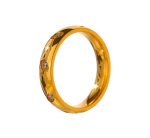 TEARED GOLD RING