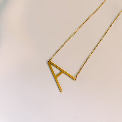 JUMBO INITIAL NECKLACE