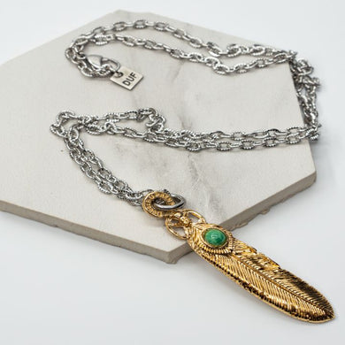 NATIVE GOLD GREEN NECKLACE