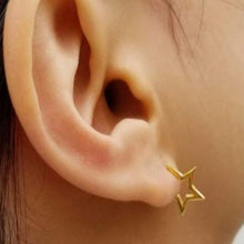 Load image into Gallery viewer, STAR CRUSHED GOLD HUGGIE EARRINGS
