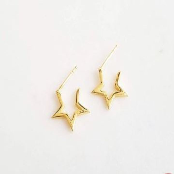 STAR CRUSHED GOLD HUGGIE EARRINGS