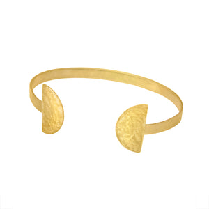 prima brass cuff by isanctuary in hammered finish