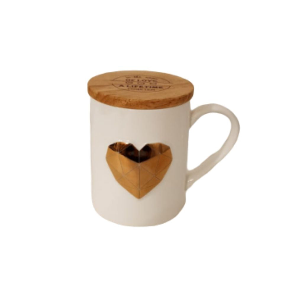 White ceramic mug with gold geometric heart and wooden lid