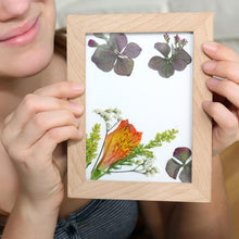 Load image into Gallery viewer, pressed flower frame art
