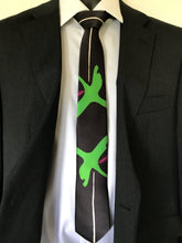 Load image into Gallery viewer, Zing Green Silk Tie