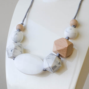 Marble Oscar Necklace