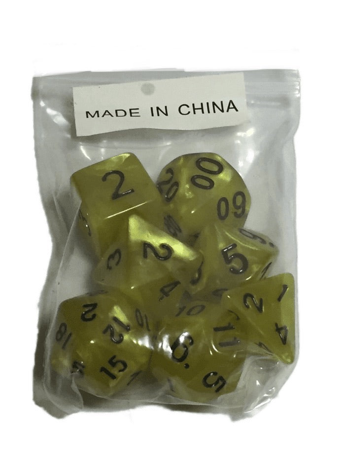 Set of 7 Assorted Dice (016)