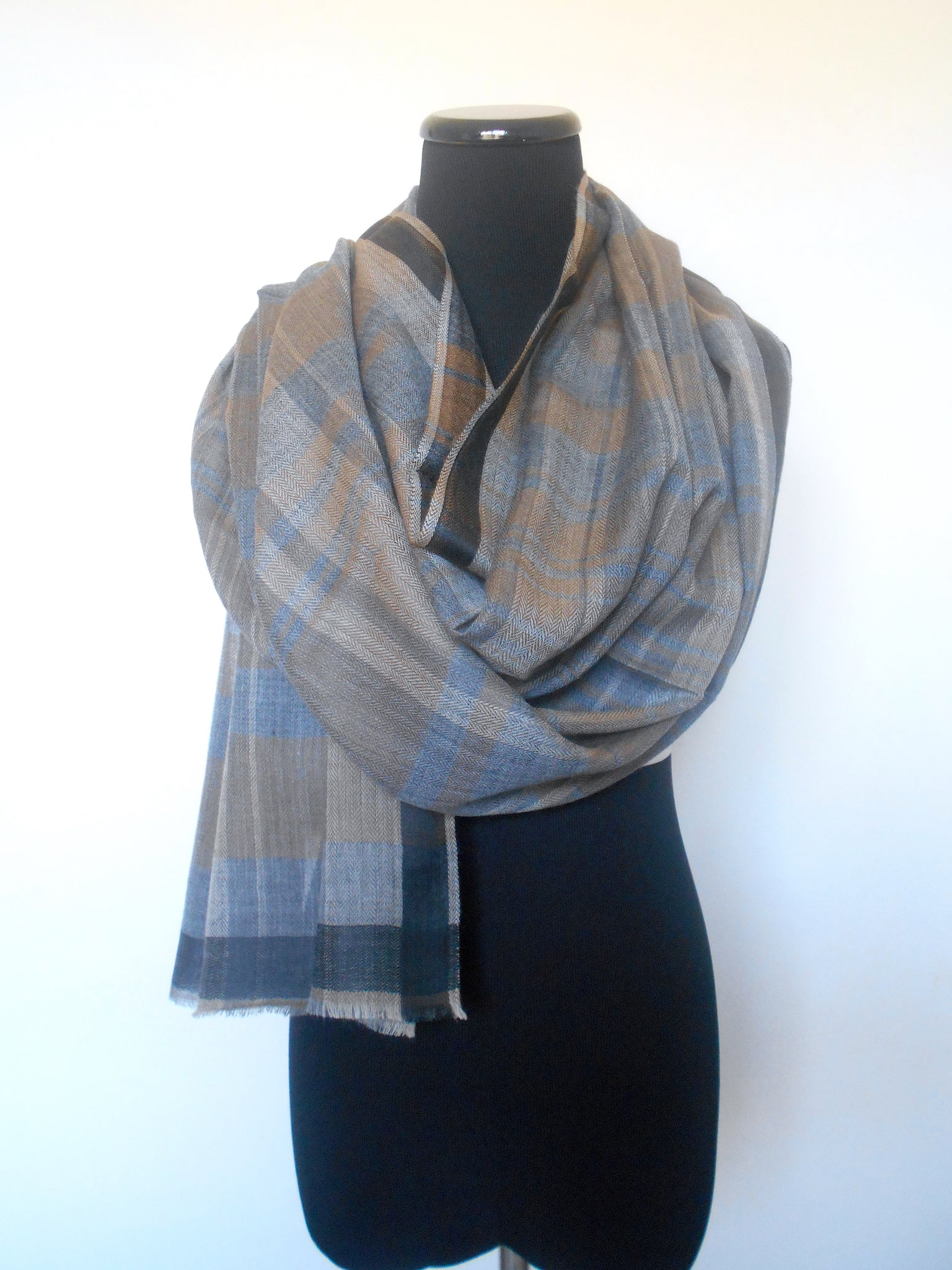 Plaid Scarf- Taupe & Grey