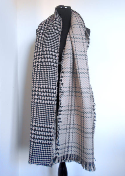 Blanket Scarf- Peach & Grey Plaid | Houndstooth