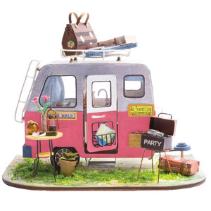 New Wood Miniature R.V  Doll House Accessory with Furniture DIY Kit - Les Royal