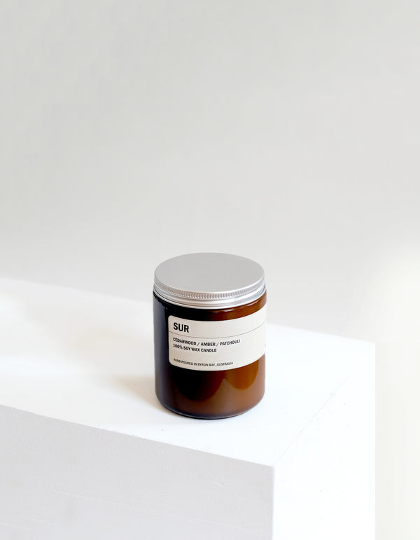 Posie - SUR: CEDARWOOD / AMBER / PATCHOULI SMALL AMBER CANDLE 250G