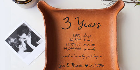 anniversary gifts that capture your love story paper anniversary