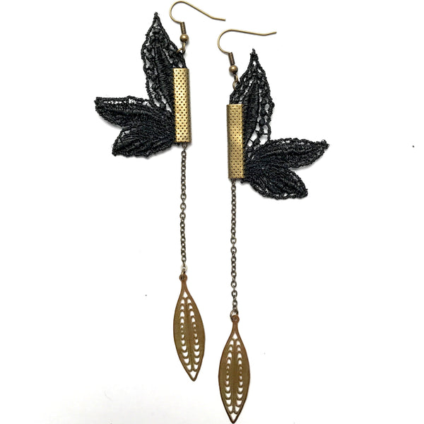 Lily Lace Earrings