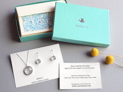 Paper Jewelry with Vows or Song