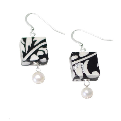 Moonlight Pearl Earrings