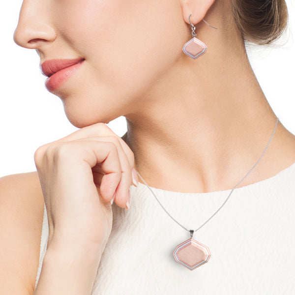 pink paper jewelry