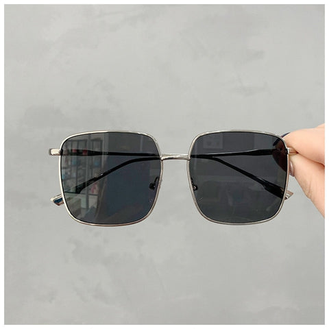 Vintage Square Shades Metal Frame Sunglasses