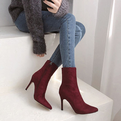 Single sanded with velvet high heeled short boots